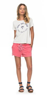 how-to-style-pink-magenta-shorts-sweat-white-graphic-tee-blonde-spring-summer-fashion-weekend.jpg