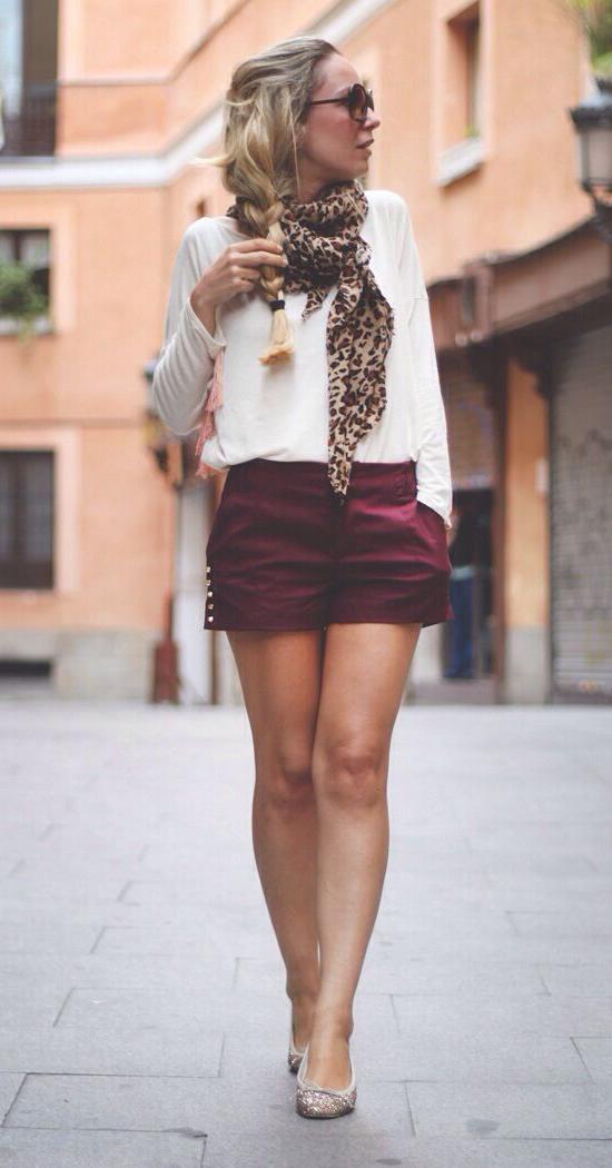 r-burgundy-shorts-white-tee-tan-scarf-leopard-braid-leopard-tan-shoe-flats-howtowear-fashion-style-outfit-spring-summer-blonde-lunch.jpg