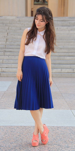 blue-navy-aline-skirt-white-top-blouse-pleat-peach-shoe-sandalw-howtowear-style-fashion-spring-summer-brun-lunch.jpg