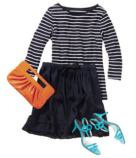 blue-navy-aline-skirt-blue-navy-tee-stripe-orange-bag-clutch-blue-shoe-sandalh-howtowear-style-fashion-spring-summer-dinner.jpg