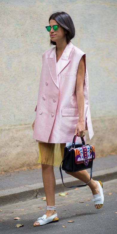 yellow-aline-skirt-black-bag-white-shoe-sandals-brun-sun-pink-light-vest-tailor-spring-summer-lunch.jpg