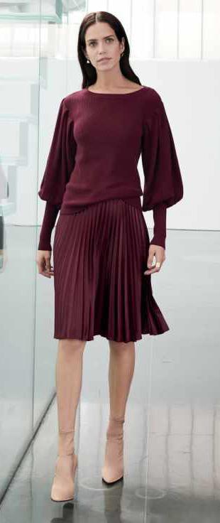 burgundy-aline-skirt-pleat-burgundy-sweater-mono-bell-tan-shoe-booties-howtowear-fall-winter-brun-work.jpg