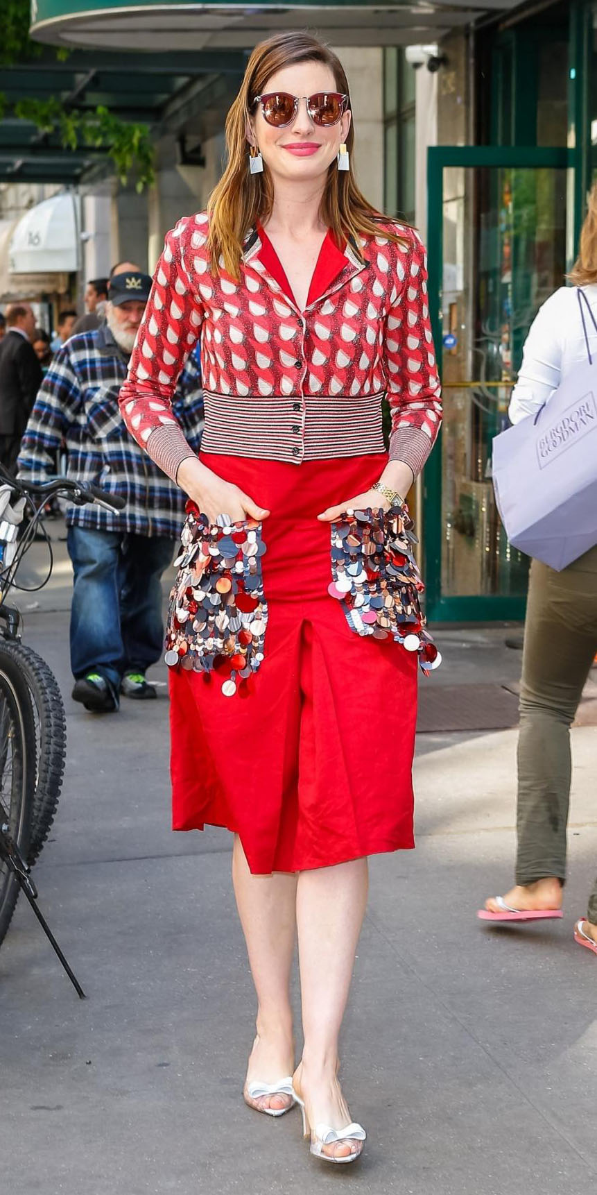 red-aline-skirt-red-cardigan-printed-earrings-hairr-sun-white-shoe-pumps-annehathaway-spring-summer-lunch.jpg