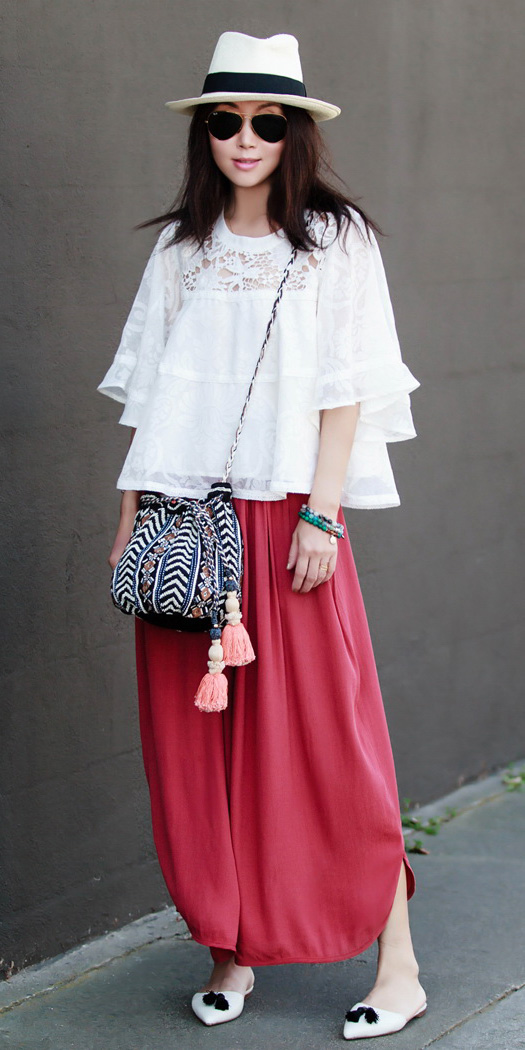 red-maxi-skirt-white-top-blouse-peasant-black-bag-white-shoe-flats-hat-panama-brun-spring-summer-weekend.jpg
