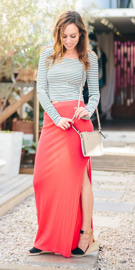 red-maxi-skirt-black-tee-stripe-black-shoe-sandalw-hairr-spring-summer-lunch.jpg