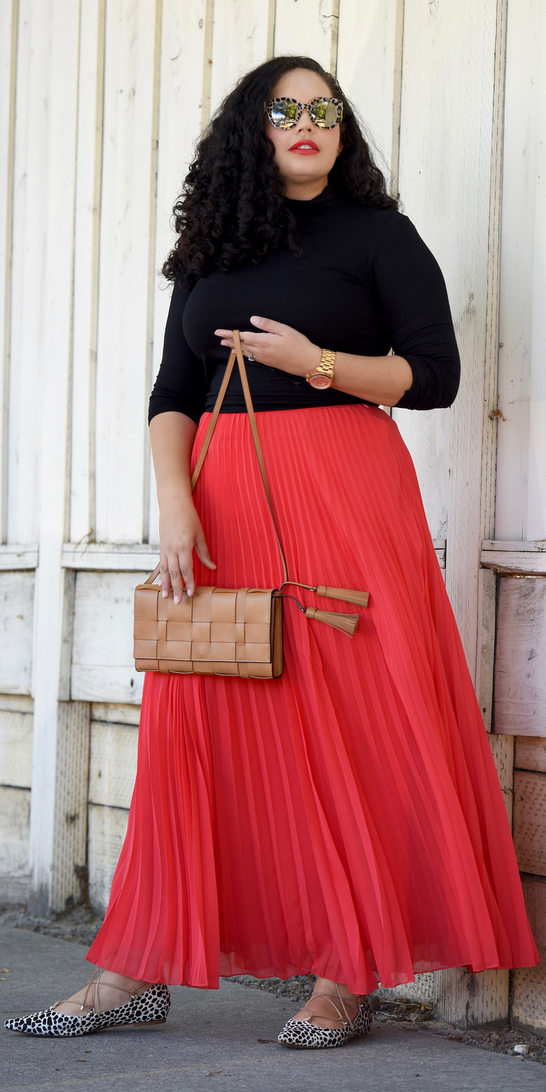 black-tee-turtleneck-sun-brun-cognac-bag-white-shoe-flats-sun-red-maxi-skirt-fall-winter-lunch.jpg