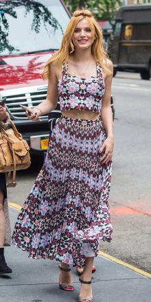 r-burgundy-maxi-skirt-r-burgundy-top-crop-match-print-bellathorne-wear-style-fashion-spring-summer-celebrity-hairr-lunch.jpg