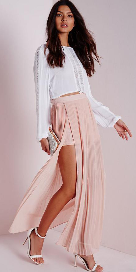 white-crop-top-brun-white-shoe-sandalh-slit-pink-light-maxi-skirt-spring-summer-dinner.jpg