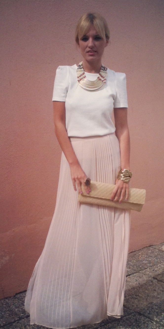 white-top-blonde-tonal-tan-bag-clutch-bib-necklace-bracelet-pink-light-maxi-skirt-spring-summer-dinner.jpg