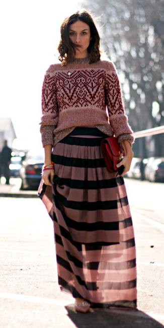 pink-light-sweater-mixprint-red-bag-hairr-stripe-pink-light-maxi-skirt-fall-winter-lunch.jpg
