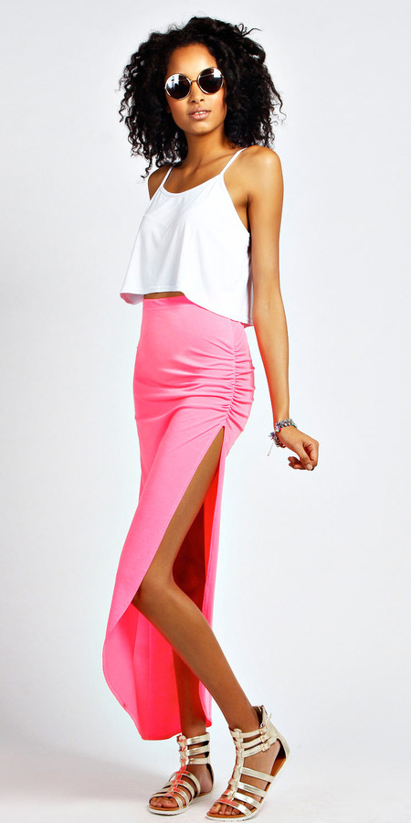 sun-brun-white-crop-top-tan-shoe-sandals-pink-magenta-maxi-skirt-spring-summer-weekend.jpg