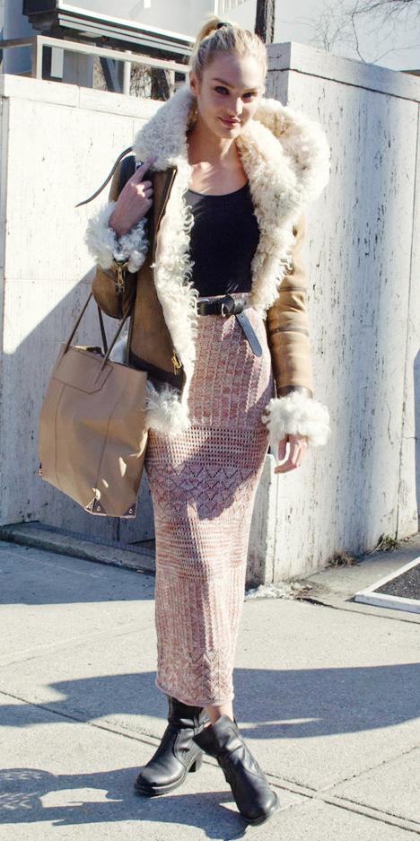 peach-maxi-skirt-black-tee-shearling-pony-tan-bag-belt-black-shoe-booties-candiceswanepoel-tan-jacket-fall-winter-blonde-lunch.jpg