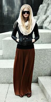camel-maxi-skirt-white-scarf-black-jacket-moto-fall-winter-blonde-lunch.jpg
