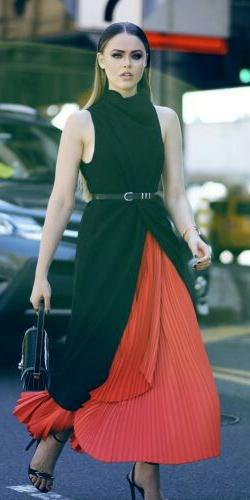 orange-maxi-skirt-pleat-black-sweater-sleeveless-skinny-belt-black-bag-black-shoe-sandalh-blonde-fall-winter-dinner.jpg