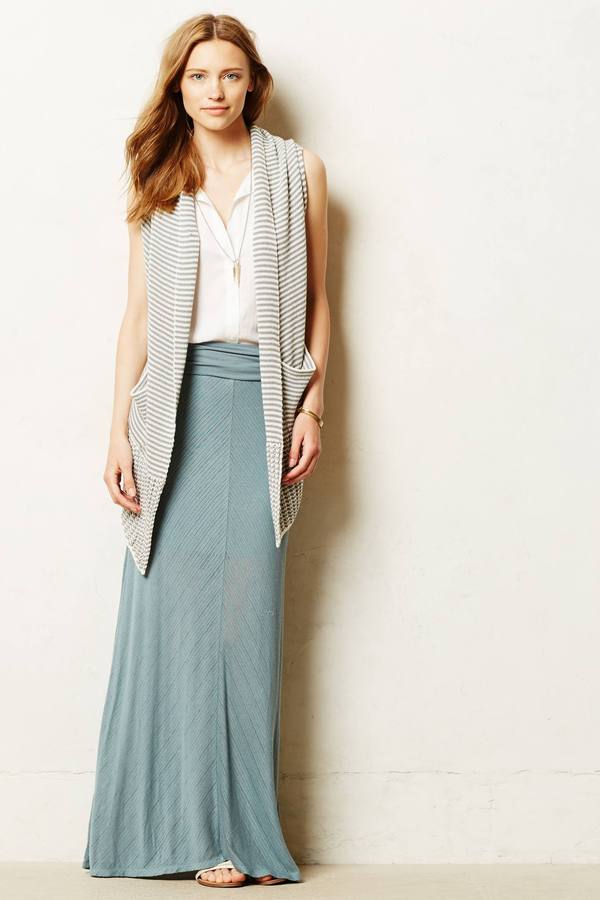 blue-light-maxi-skirt-white-top-grayl-vest-knit-hairr-anthropologie-spring-summer-lunch.jpg