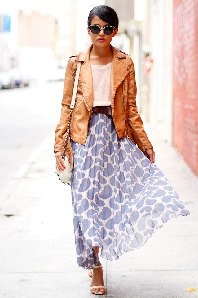 camel-jacket-moto-brun-sun-print-white-shoe-sandalh-blue-light-maxi-skirt-spring-summer-lunch.jpg