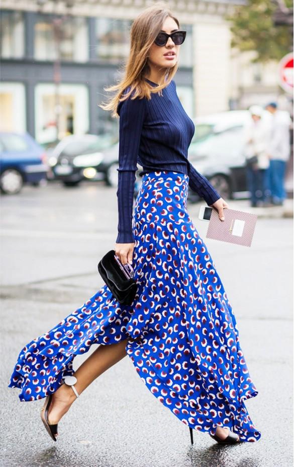 blue-navy-sweater-sun-black-bag-clutch-print-black-shoe-sandalh-hairr-cobalt-tonal-blue-med-maxi-skirt-spring-summer-dinner.jpg