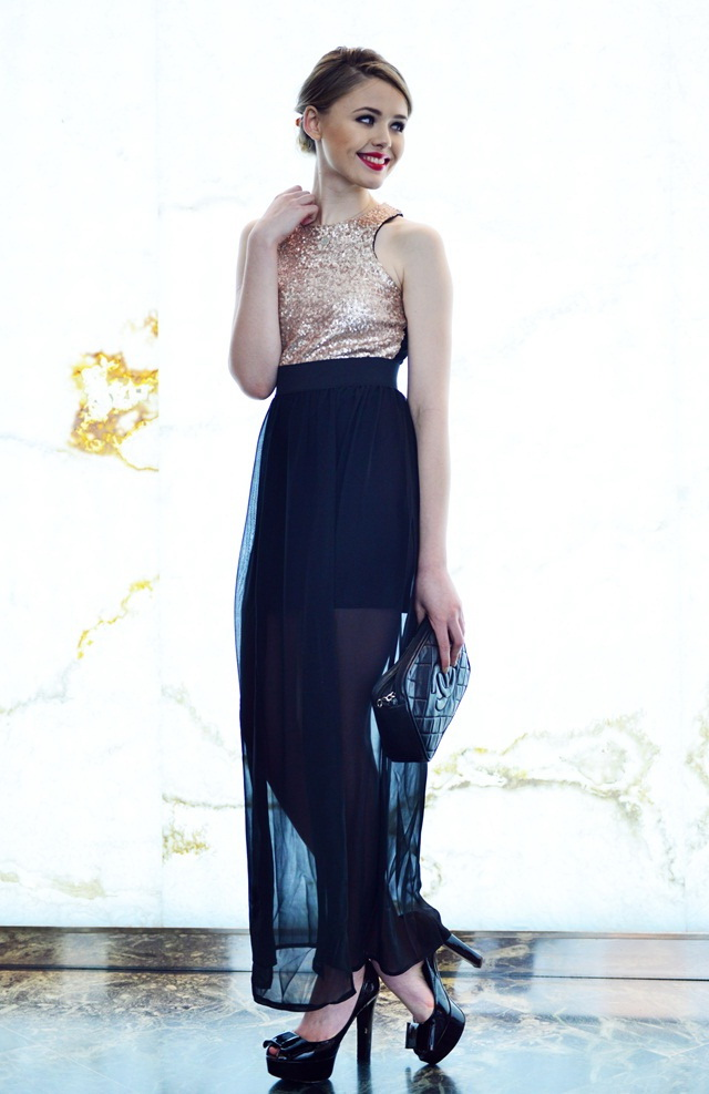 black-bag-clutch-tan-top-sequin-holiday-blonde-bun-black-shoe-pumps-sheer-blue-navy-maxi-skirt-fall-winter-dinner.jpg