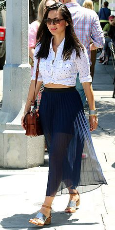 blue-navy-maxi-skirt-white-collared-shirt-cognac-bag-sun-sheer-tied-wear-style-fashion-spring-summer-cognac-shoe-sandals-oliviamunn-celebrity-streetstyle-brun-lunch.jpg