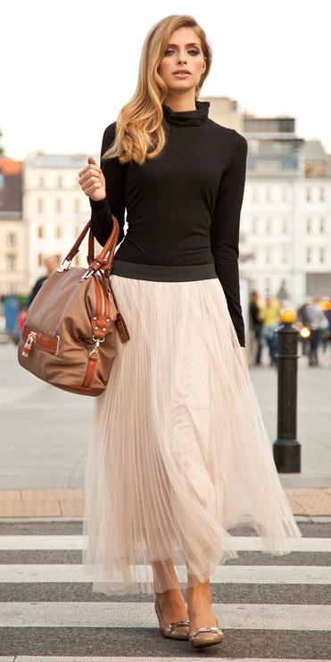 black-tee-turtleneck-tan-shoe-flats-blonde-cognac-bag-white-maxi-skirt-spring-summer-lunch.jpg
