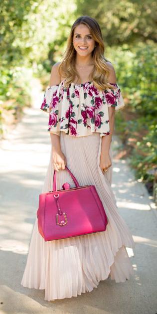 pink-magenta-top-offshoulder-floral-print-blonde-pink-bag-tote-pleat-white-maxi-skirt-spring-summer-lunch.jpg