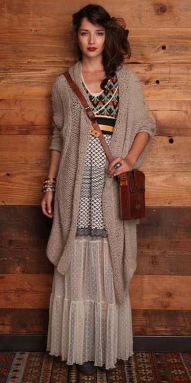 white-maxi-skirt-tan-cardiganl-cognac-bag-hairr-bracelet-howtowear-fashion-fall-winter-weekend.jpg