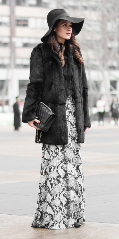 black-jacket-coat-fur-hat-brun-black-bag-snakeskin-white-maxi-skirt-fall-winter-lunch.jpg
