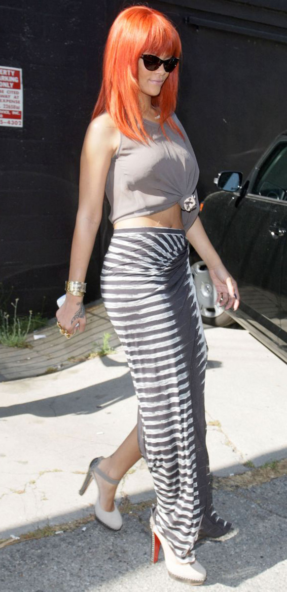 grayl-maxi-skirt-stripe-grayl-tee-white-shoe-pumps-rihanna-tied-monochromatic-sun-red-hairr-bangs-spring-summer-lunch.jpg