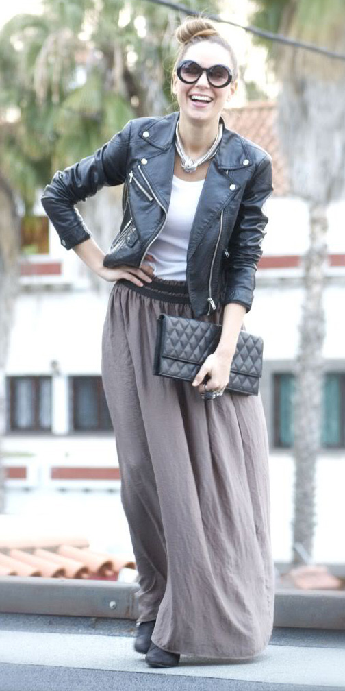 white-tee-necklace-sun-bun-black-bag-clutch-black-jacket-moto-grayl-maxi-skirt-fall-winter-lunch.jpg