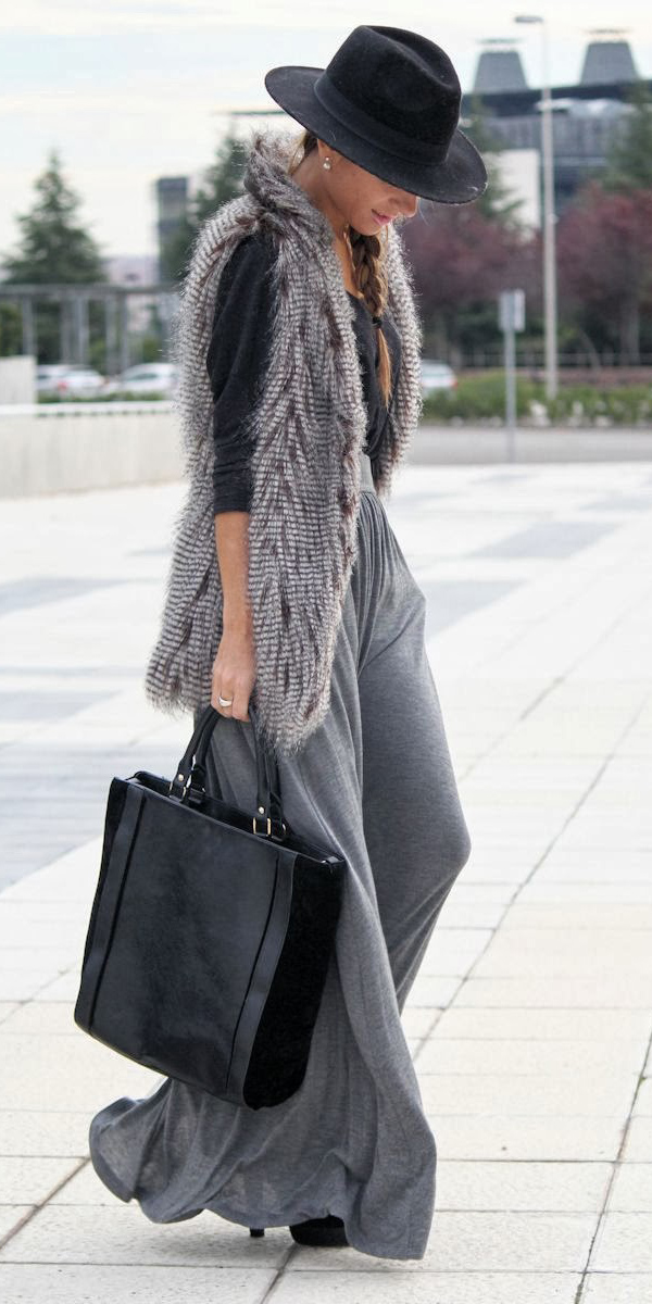 black-tee-grayl-vest-fur-black-bag-tote-hat-braid-hairr-tonal-grayl-maxi-skirt-fall-winter-lunch.JPG