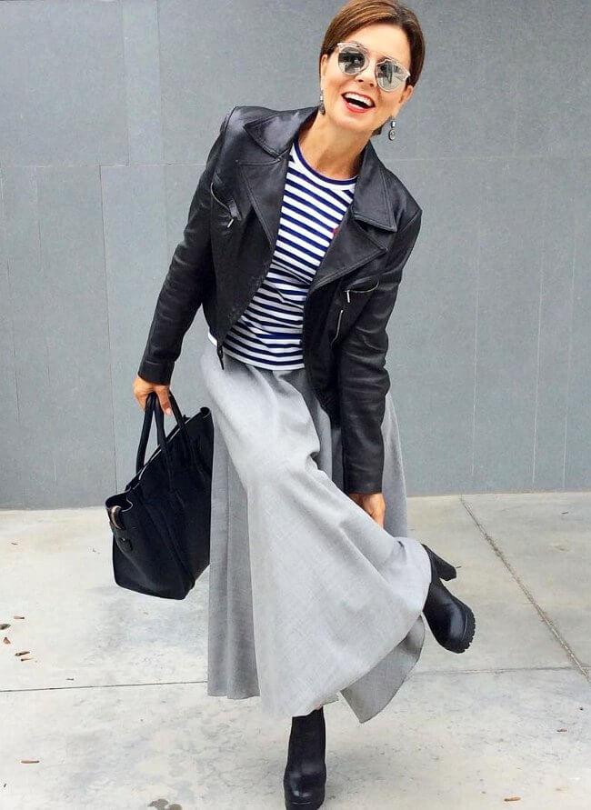 blue-navy-tee-stripe-black-jacket-moto-sun-brun-bun-black-bag-tote-black-shoe-booties-grayl-maxi-skirt-fall-winter-lunch.jpg