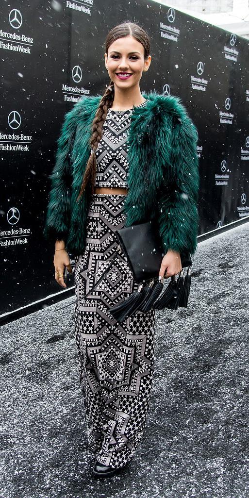 grayl-crop-top-print-matchset-green-dark-jacket-fur-brun-braid-victoriajustice-grayl-maxi-skirt-fall-winter-dinner.jpg