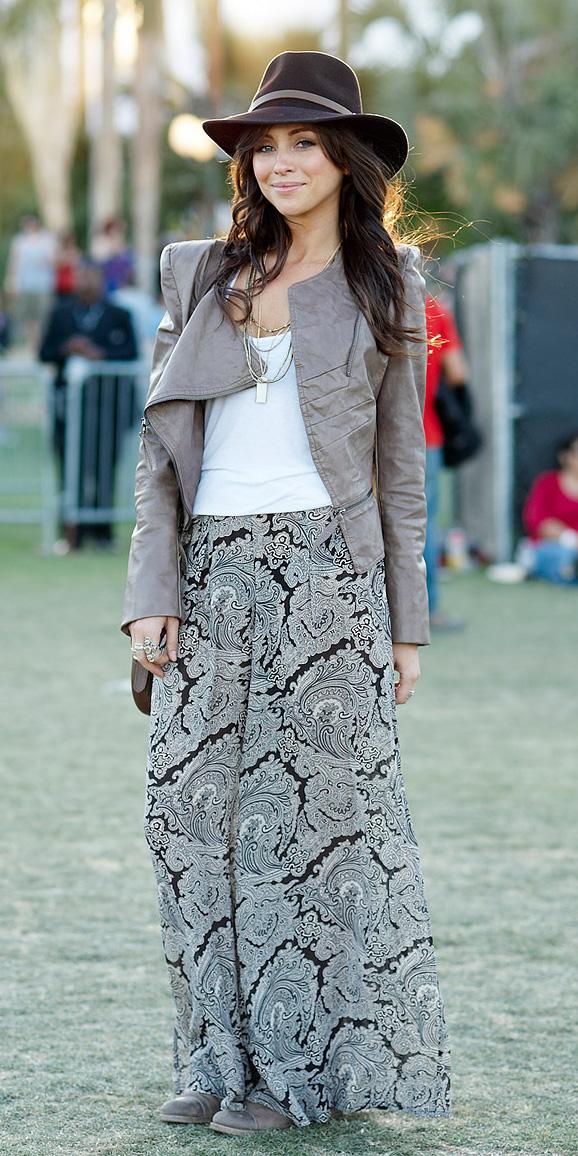 grayl-maxi-skirt-paisley-print-white-tank-hat-necklace-coachella-concert-brown-jacket-moto-spring-summer-brun-lunch.jpg