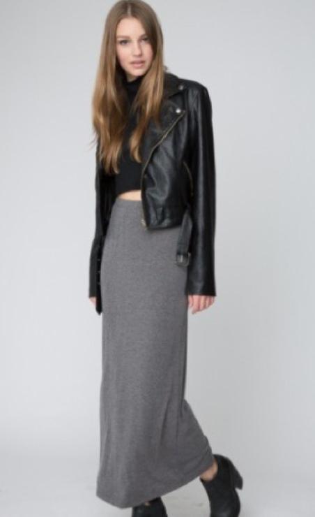 grayl-maxi-skirt-black-sweater-crop-black-jacket-moto-wear-style-fashion-fall-winter-black-shoe-booties-turtleneck-hairr-dinner.jpg