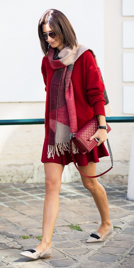 red-mini-skirt-red-sweater-red-scarf-plaid-red-bag-tan-shoe-flats-fall-winter-brun-lunch.jpg