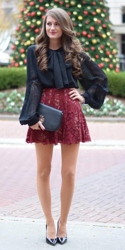 burgundy-mini-skirt-lace-black-bag-clutch-brun-black-shoe-pumps-black-blouse-fall-winter-holiday-christmas-outfits-dinner.jpg
