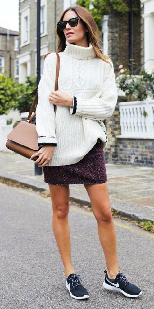 burgundy-mini-skirt-white-sweater-turtleneck-black-shoe-sneakers-cognac-bag-fall-winter-hairr-weekend.jpg