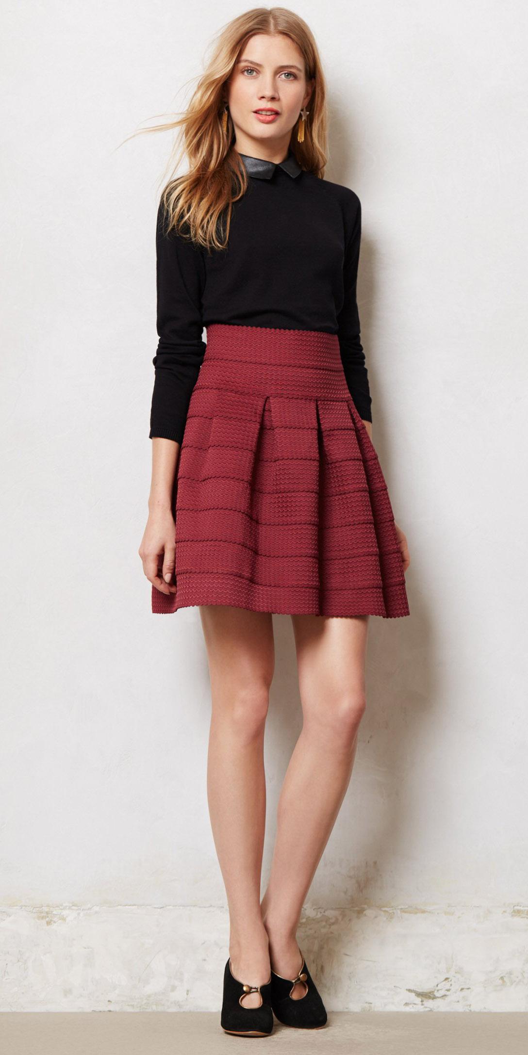 burgundy-mini-skirt-black-sweater-earrings-black-shoe-pumps-fall-winter-blonde-dinner.jpg