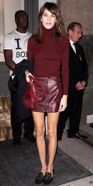 burgundy-mini-skirt-burgundy-sweater-turtleneck-red-bag-black-shoe-loafers-alexachung-fall-winter-hairr-lunch.jpg
