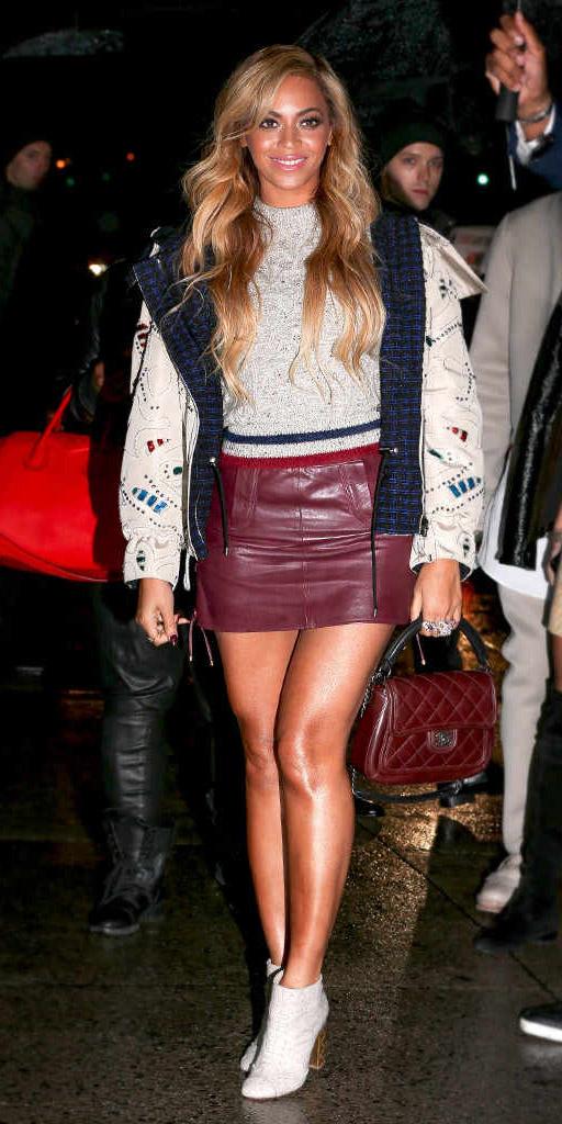 burgundy-mini-skirt-leather-grayl-sweater-white-jacket-bomber-burgundy-bag-white-shoe-booties-beyonce-fall-winter-blonde-dinner.jpg