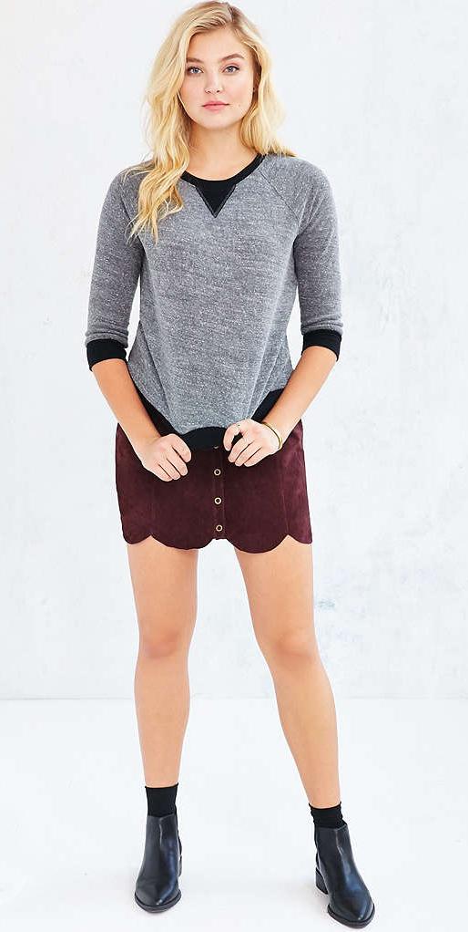r-burgundy-mini-skirt-grayl-sweater-socks-wear-style-fashion-fall-winter-black-shoe-booties-blonde-weekend.jpg