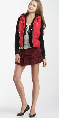 r-burgundy-mini-skirt-white-tee-black-cardigan-hoodie-red-vest-puffer-black-shoe-flats-blonde-howtowear-fashion-style-outfit-fall-winter-weekend.jpg