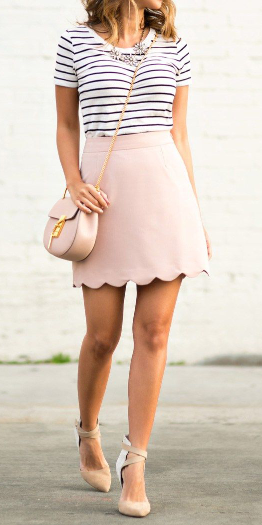 r-pink-light-mini-skirt-black-tee-stripe-bib-necklace-pink-bag-tan-shoe-pumps-howtowear-fashion-style-outfit-spring-summer-hairr-lunch.jpg