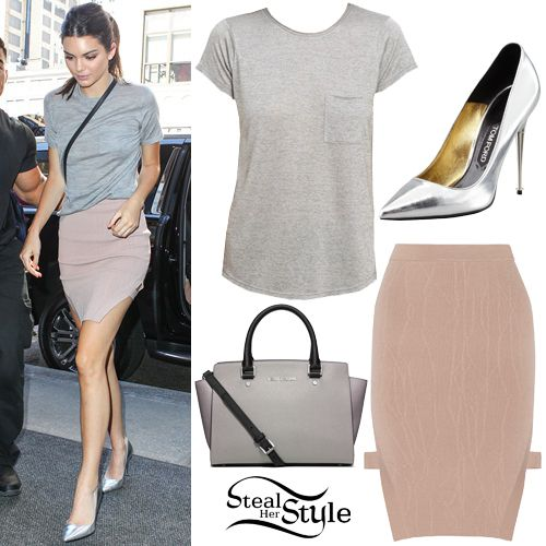 r-pink-light-mini-skirt-grayl-tee-gray-bag-crossbody-pony-brun-kendalljenner-gray-shoe-pumps-metallic-howtowear-fashion-style-outfit-spring-summer-lunch.jpg