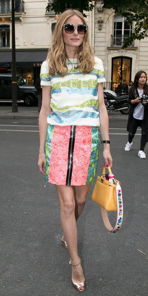 pink-light-mini-skirt-yellow-bag-sun-pink-shoe-sandalh-oliviapalermo-spring-summer-date-hairr-lunch.jpg