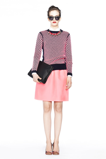 pink-light-mini-skirt-pink-light-sweater-necklace-bun-fall-winter-hairr-dinner.jpg