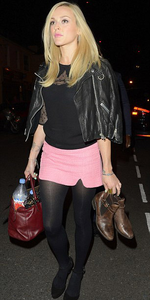 pink-light-mini-skirt-black-sweater-black-jacket-moto-black-tights-black-shoe-sandalw-fearnecotton-fall-winter-blonde-dinner.jpg