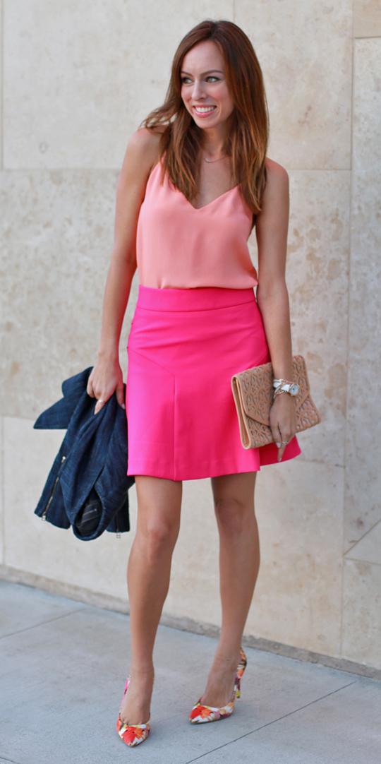 pink-magenta-mini-skirt-orange-shoe-pumps-print-peach-cami-spring-summer-hairr-dinner.jpg