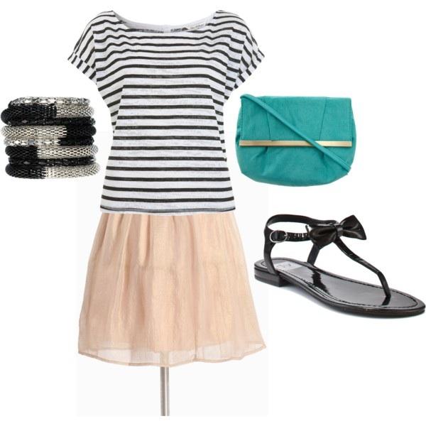 o-tan-mini-skirt-black-tee-stripe-bracelet-black-shoe-sandals-blue-bag-howtowear-fashion-style-outfit-spring-summer-weekend.jpg