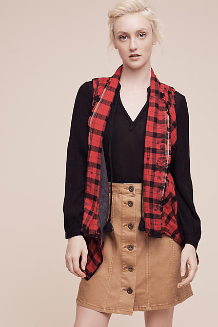 o-tan-mini-skirt-black-top-blouse-red-vest-wear-style-fashion-fall-winter-bun-plaid-button-blonde-weekend.jpg